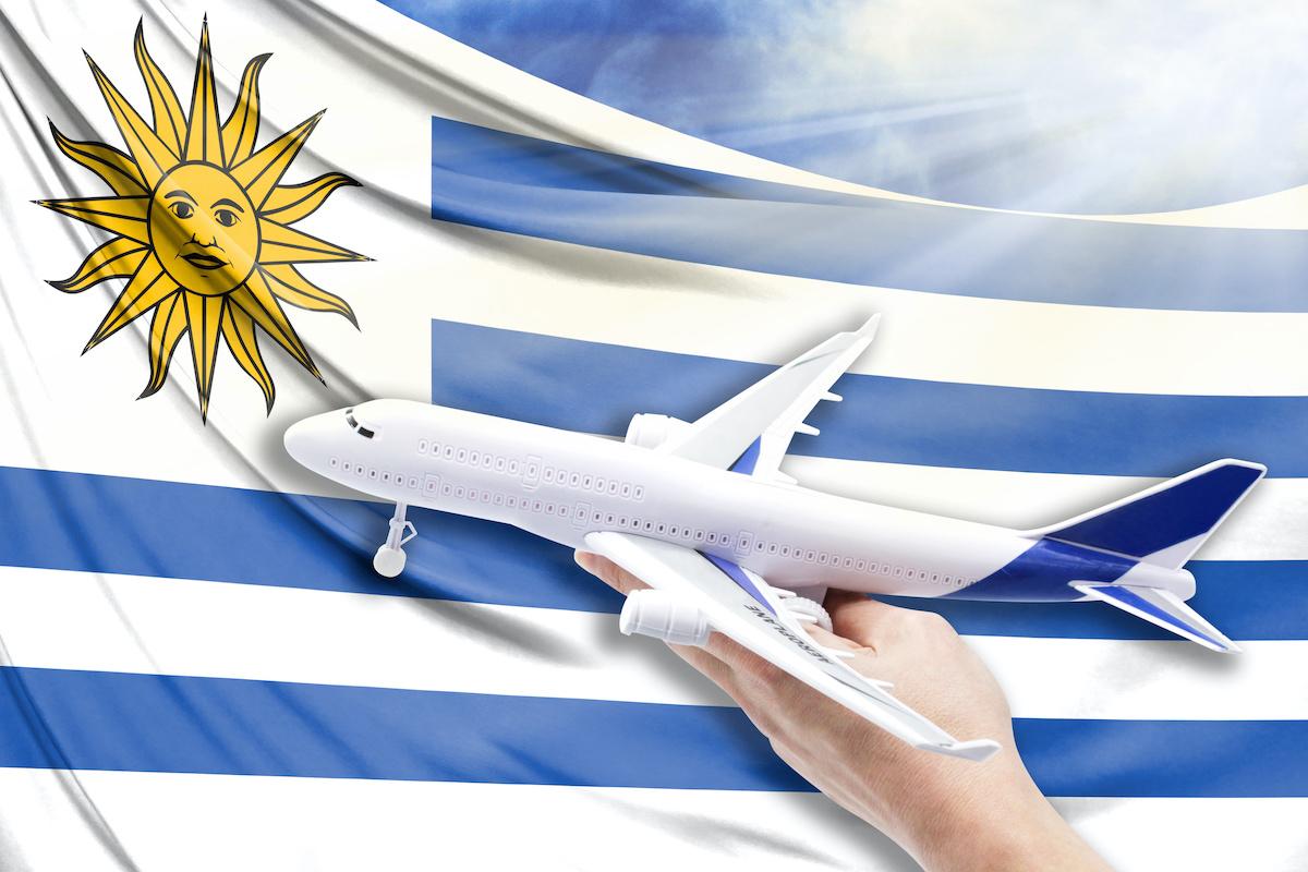 Pasaporte uruguayo desde el extranjero