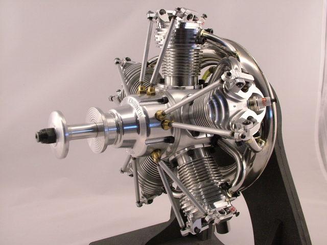 Fünfzylinder-Sternmotor SE100 von Seidel