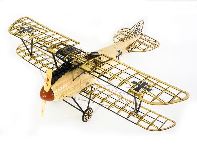 Holzmodellbausätze von WWI-Modellen von Arkai