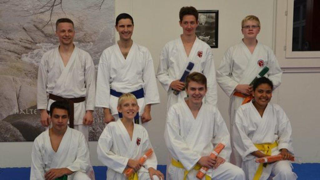 Erfolgreiche kyu prufungen karate liestal