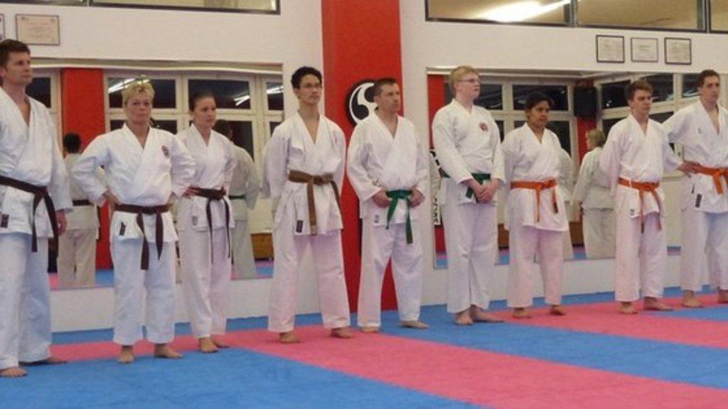 Karate kyu pr%c3%bcfungen vom freitag 20032015