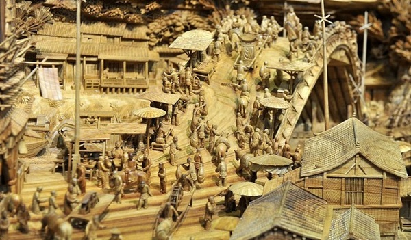 woodcarving_village004
