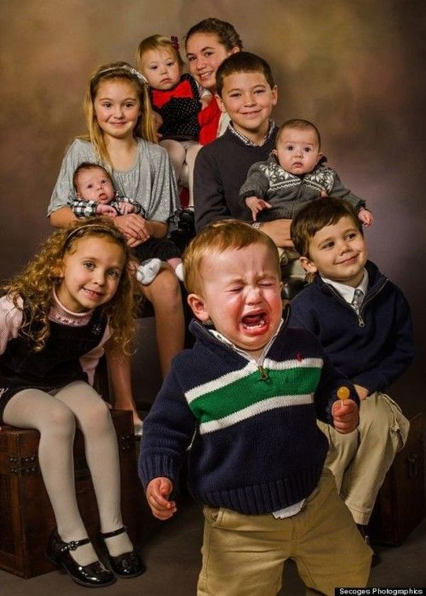 family-photo-gone-wrong-crying