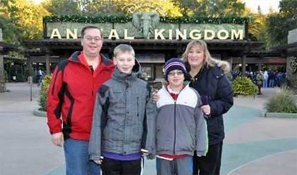family-photo-gone-wrong-animal2