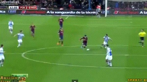 messi-rugby-tackle