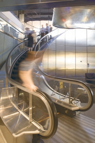 Bloomberg - curved escalator