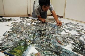 Sohei Nishino creating the maps