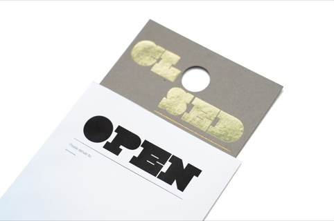 Uniform's Closed door handle tags