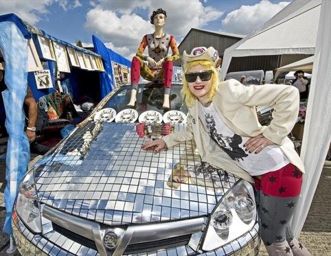 Artist Pam Hoggat the Vauxhall Art Car Boot Fair