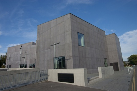 Hepworth Wakefield, by David Chipperfield Architects