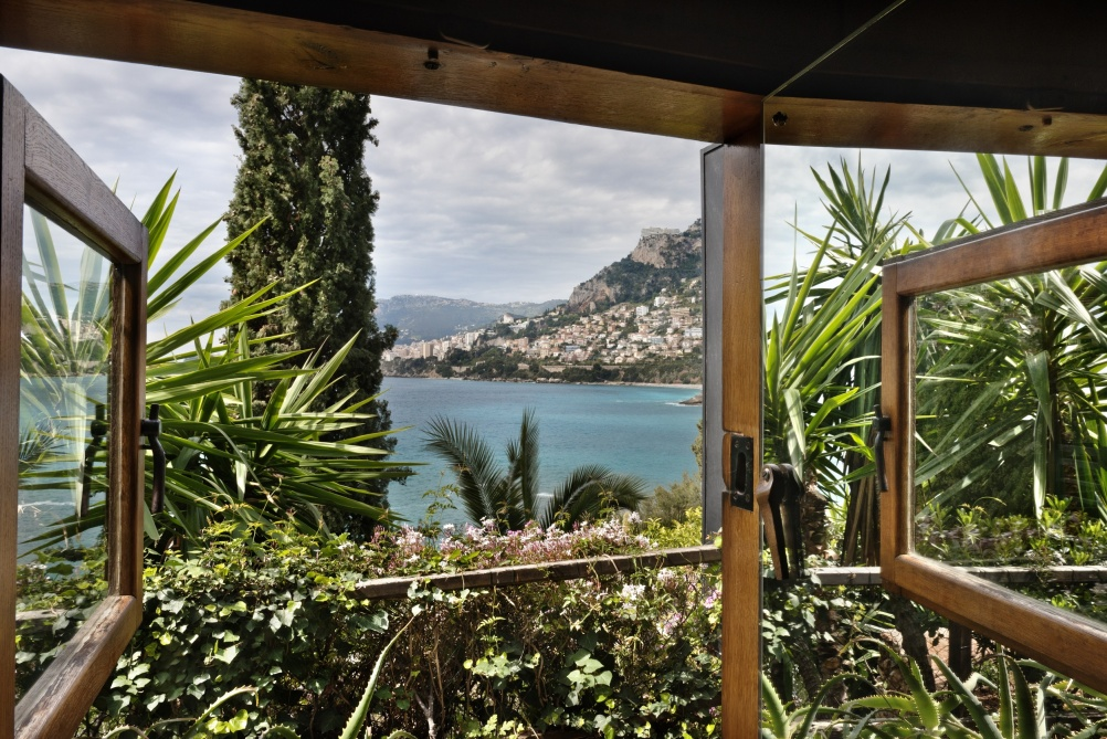 Small cabanon, Roquebrune-Cap-Martin, 1952. View of the window facing the sea