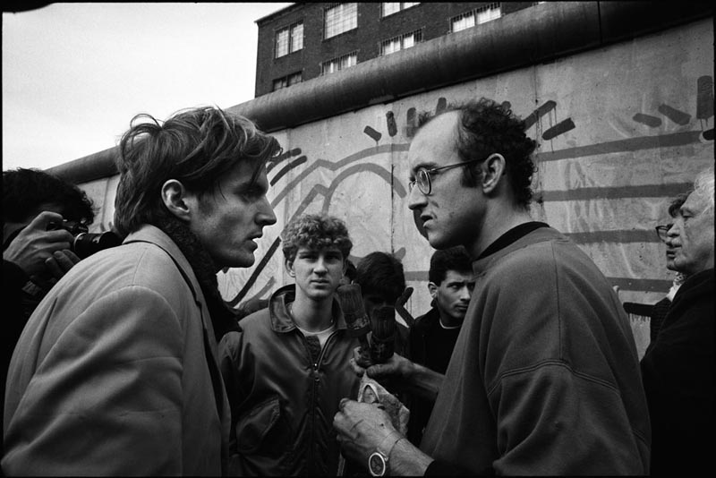 Keith Haring meets Thierry Noir at the Berlin Wall
