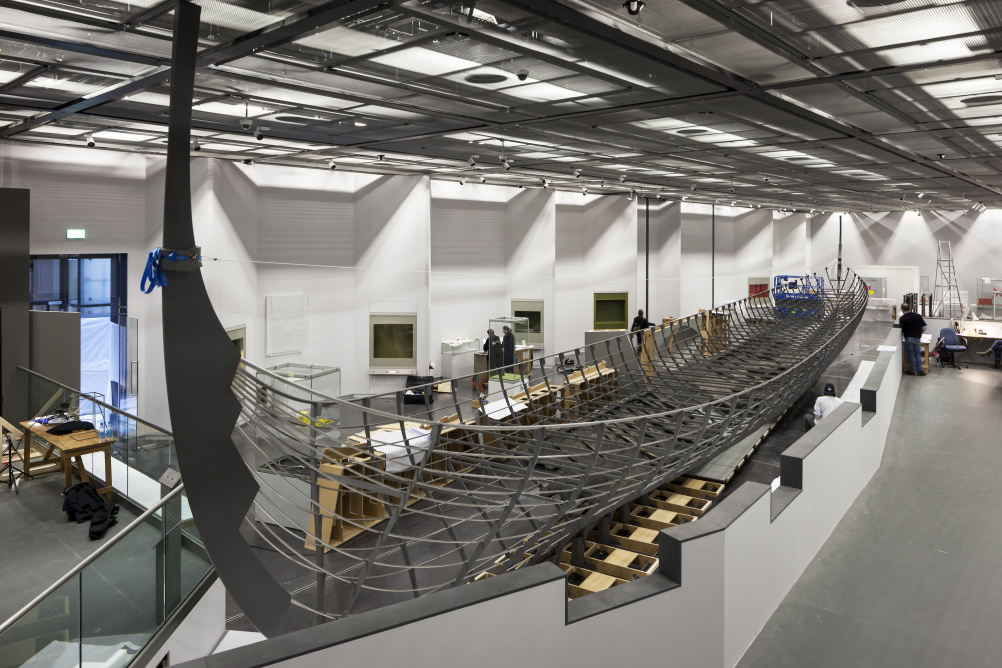 The installation of Roskilde 6