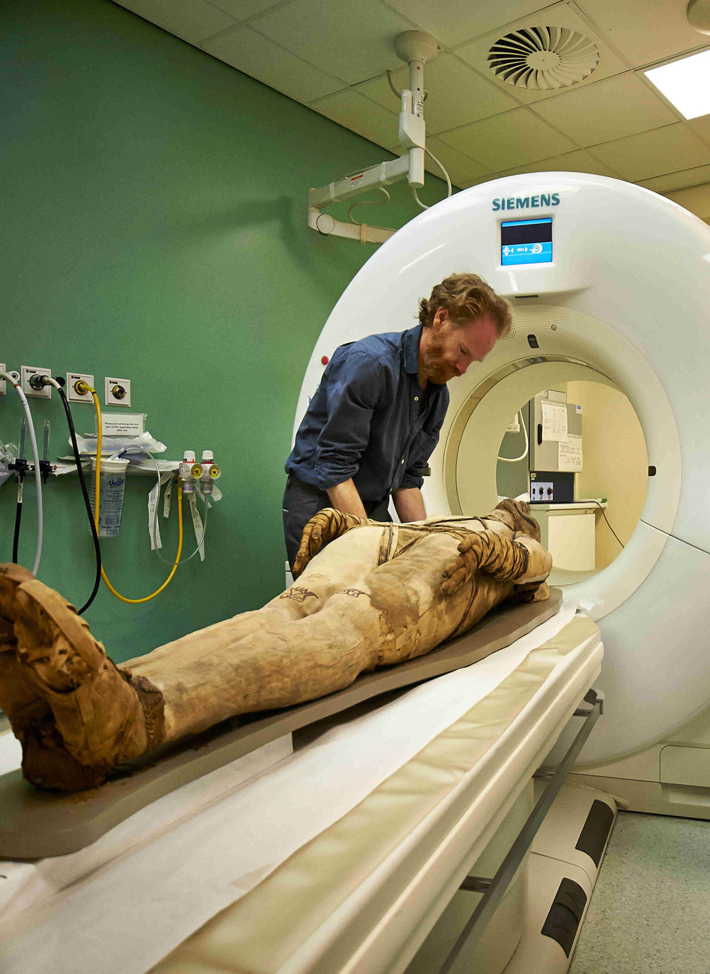 A mummy undergoing a CT scan at the Royal Brompton Hospital.