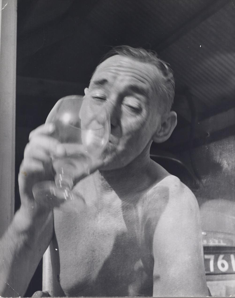 John Deakin, Deakin Drinking, 1960s
