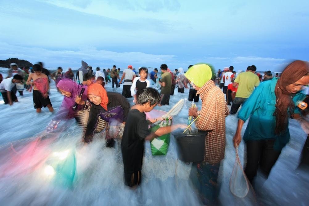 Adhi Prayoga – Overnight at the Beach