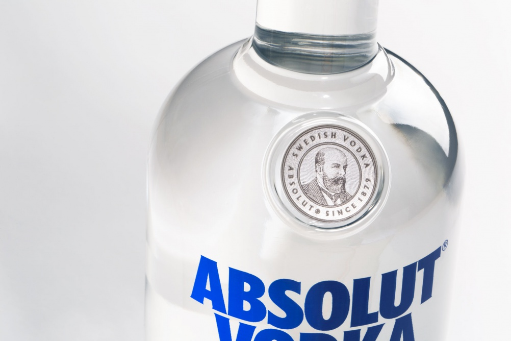 ABSOLUT_CLOSE-UP_1
