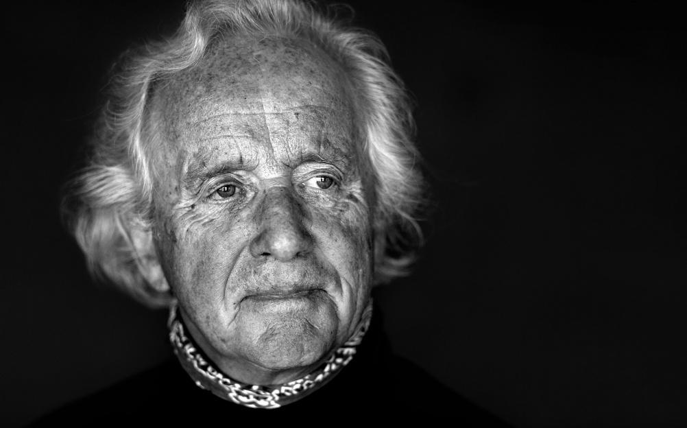 bang olufsen design pioneer jacob jensen dies aged 89 design week. Black Bedroom Furniture Sets. Home Design Ideas