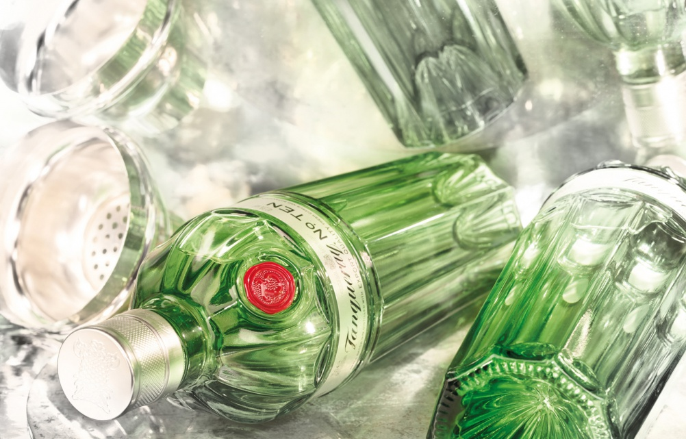Tanqueray-No-Ten-reflections-PR5
