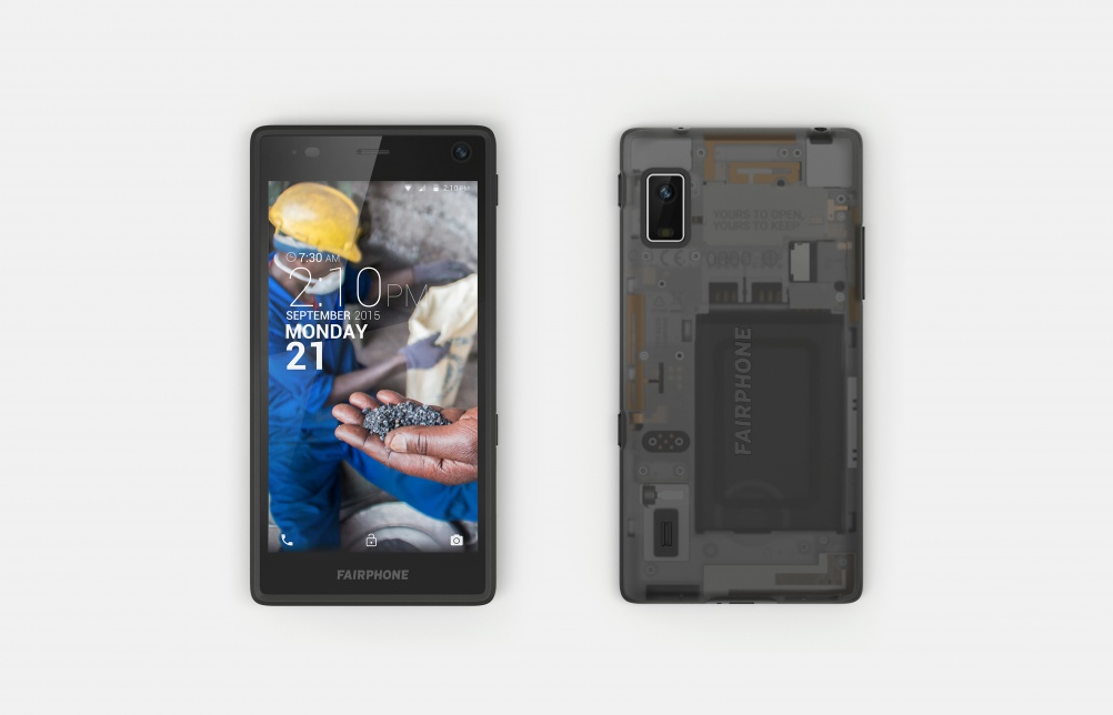 The assembled Fairphone