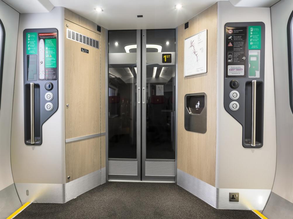 HI32 Hitachi Europe - Intercity Express