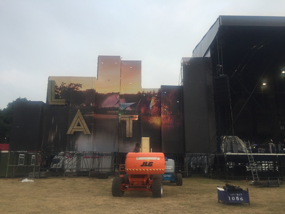 Main Stage in progress