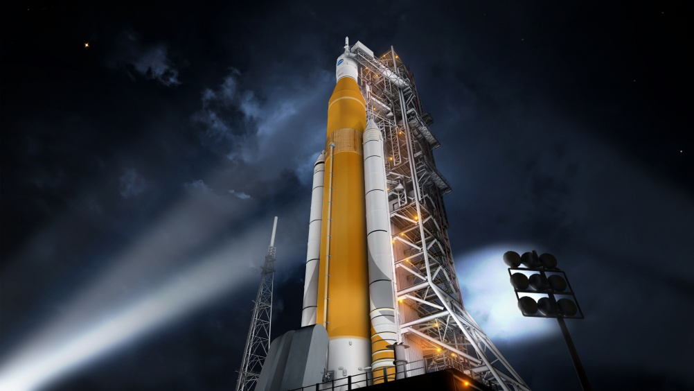 sls-70mt-dac3-orange-night-prelaunch-uhr2