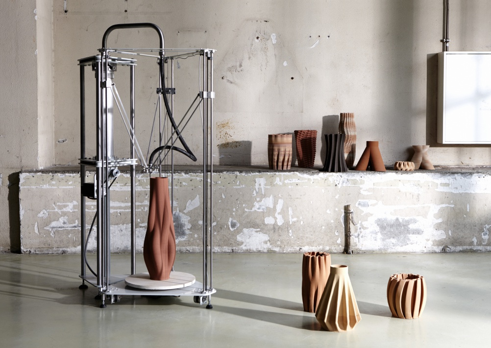 A robotic arm and a rippling panel highlights from dutch for Eindhoven design school