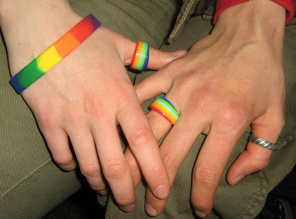 koltsa-oboznachenie-lesbiyanki