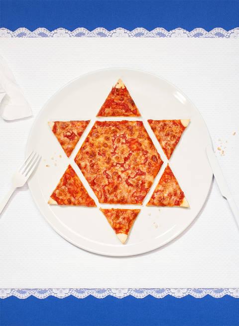 Mirkalaurasevera thenewyorker jonathansafranfoer pizza animation 07