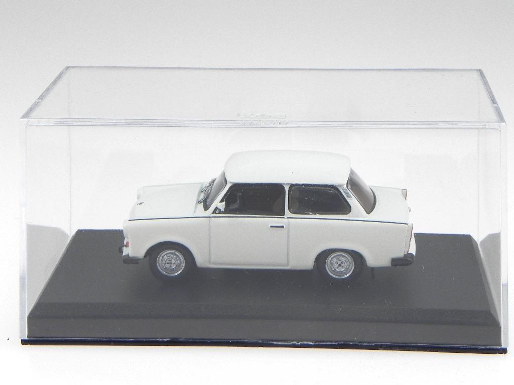 Trabant 601 1980 weiss Modellauto 1:43