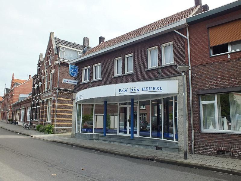 Spoorstraat 43
