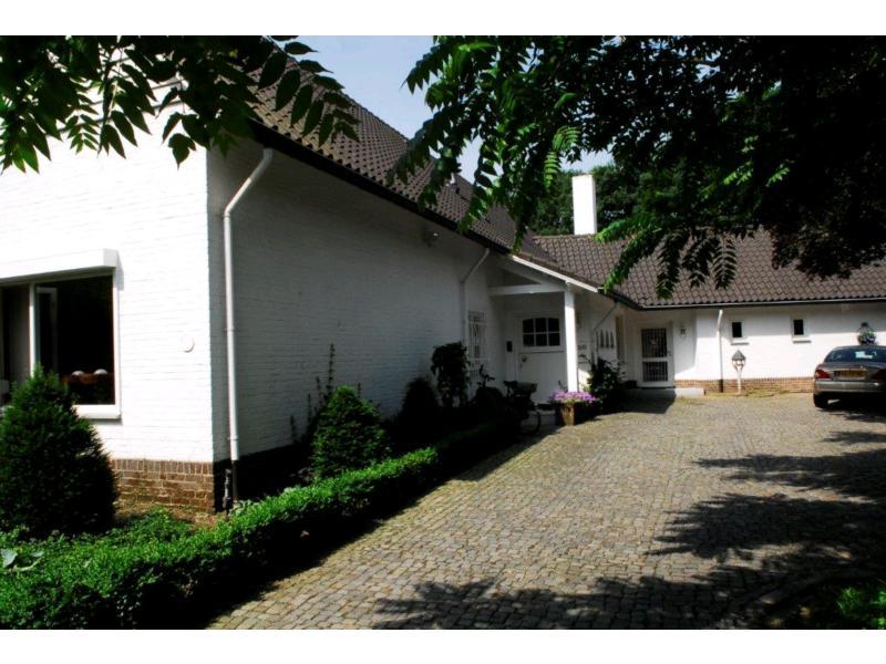 Louisenburgweg 30