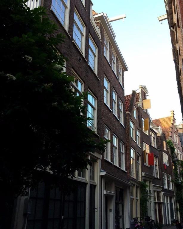 Sint Nicolaasstraat 26