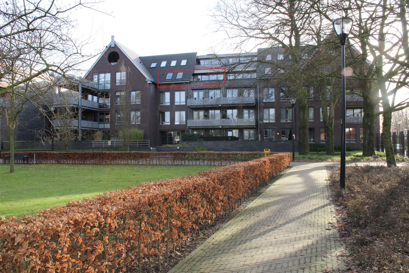 Thomas van Diessenstraat 1
