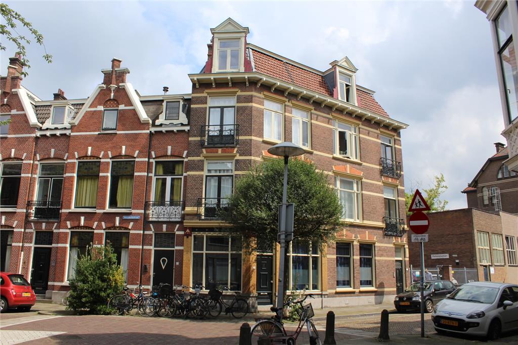 Deken Roesstraat 2