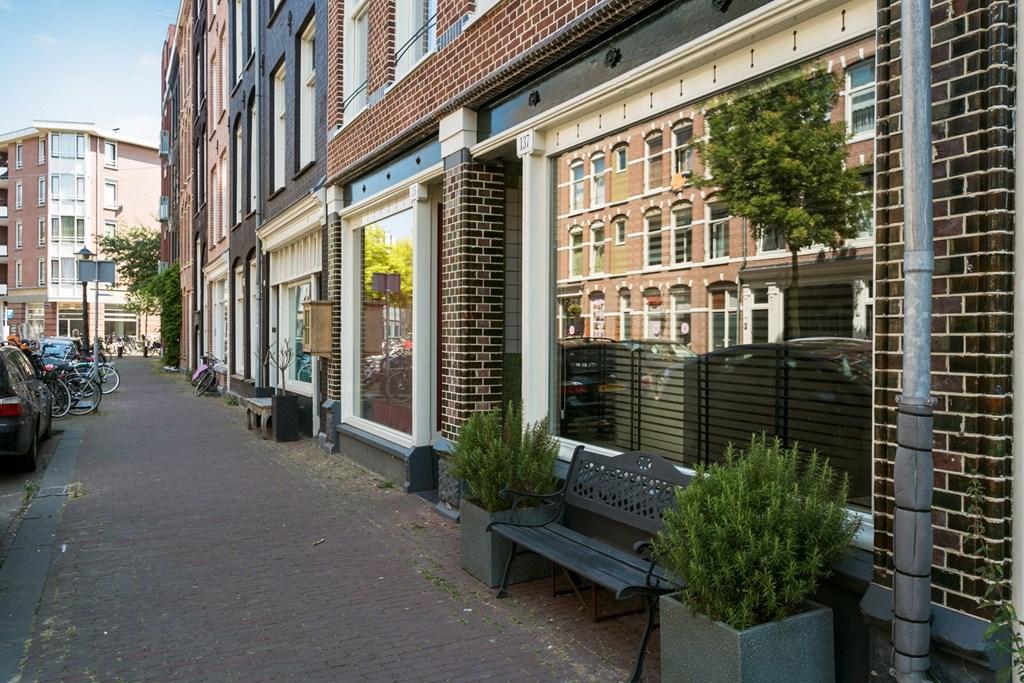 Van Hogendorpstraat 137