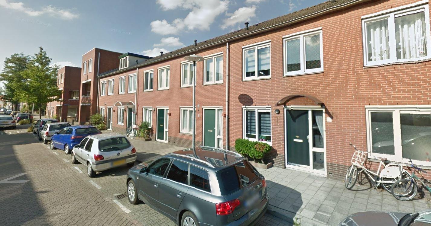 Roerstraat 95