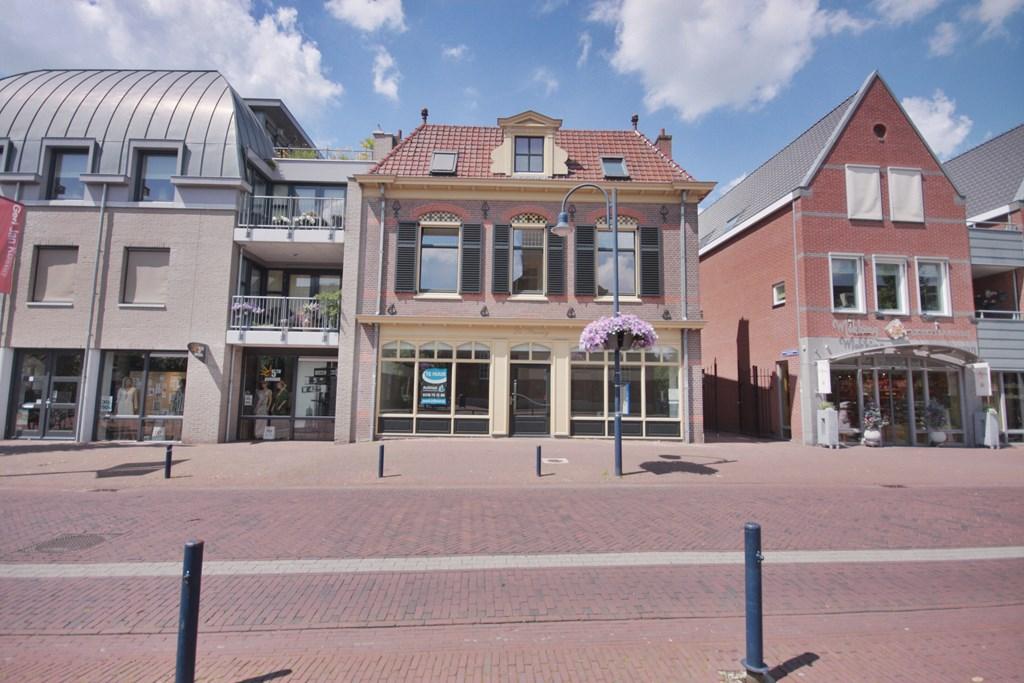 Dorpsstraat 48