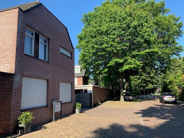 Oranje Nassaustraat 1