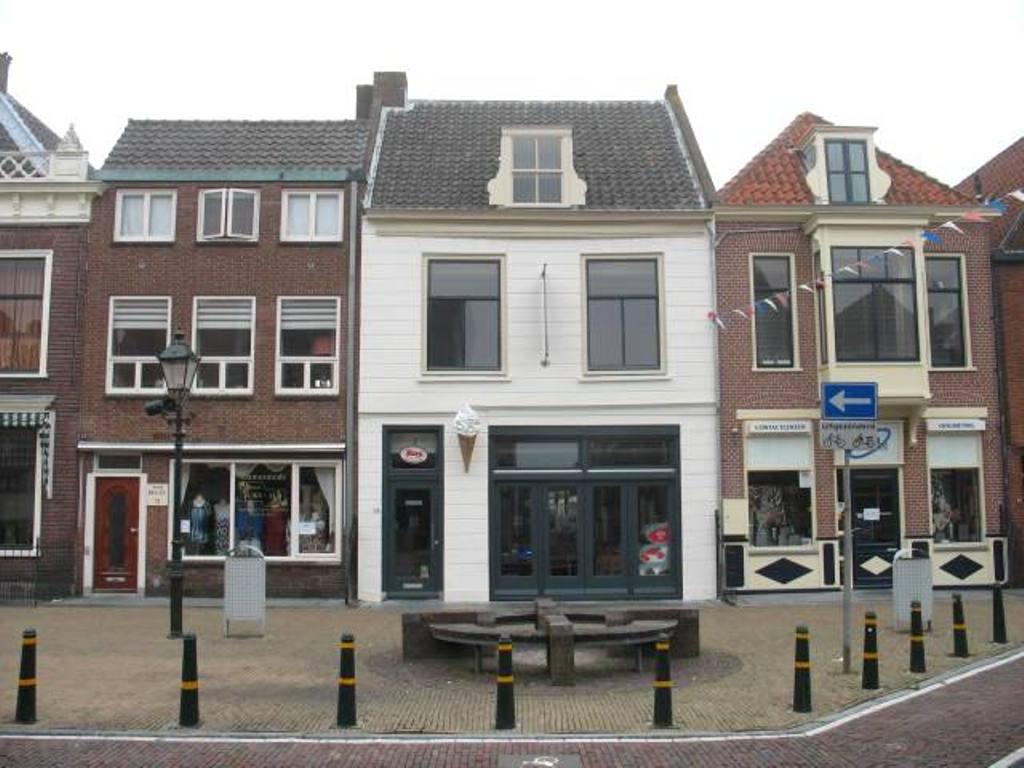 Voorstraat 74