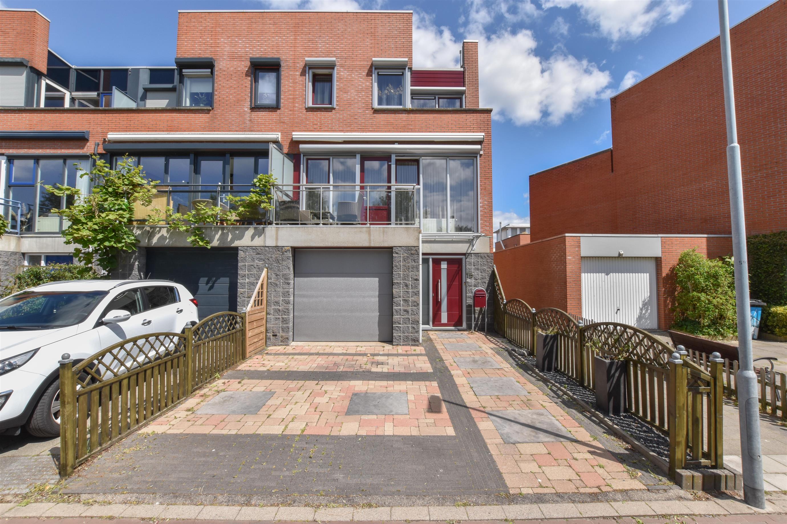 Duizendbladstraat 15