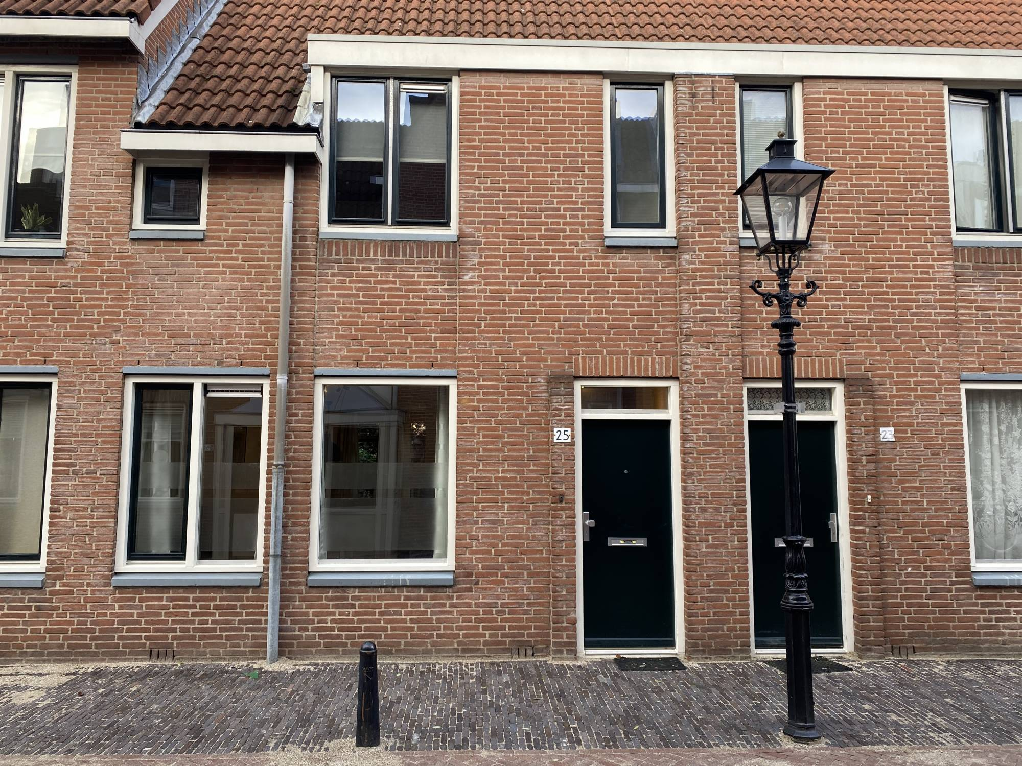 Oranjestraat 25