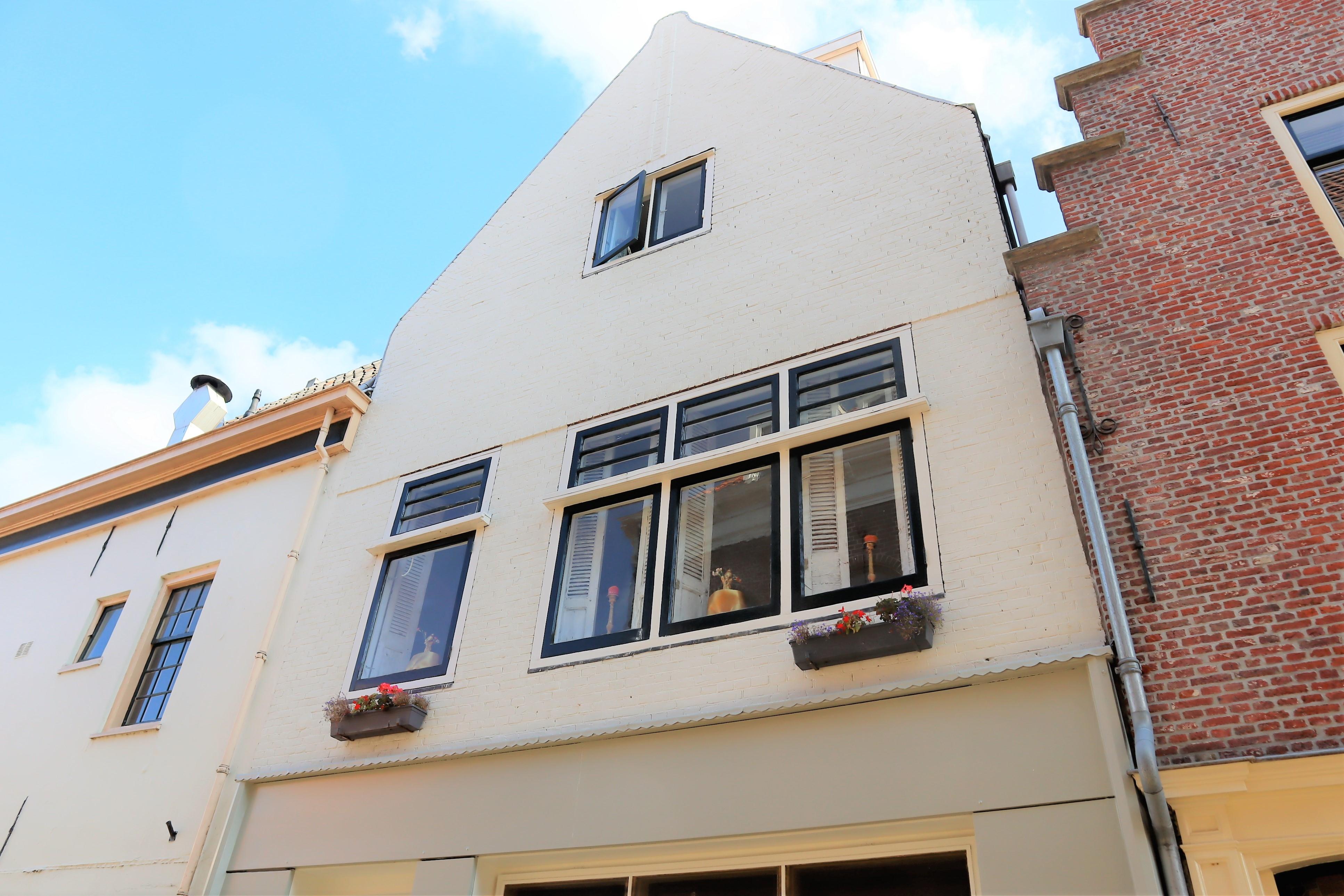 Sint Annastraat 3