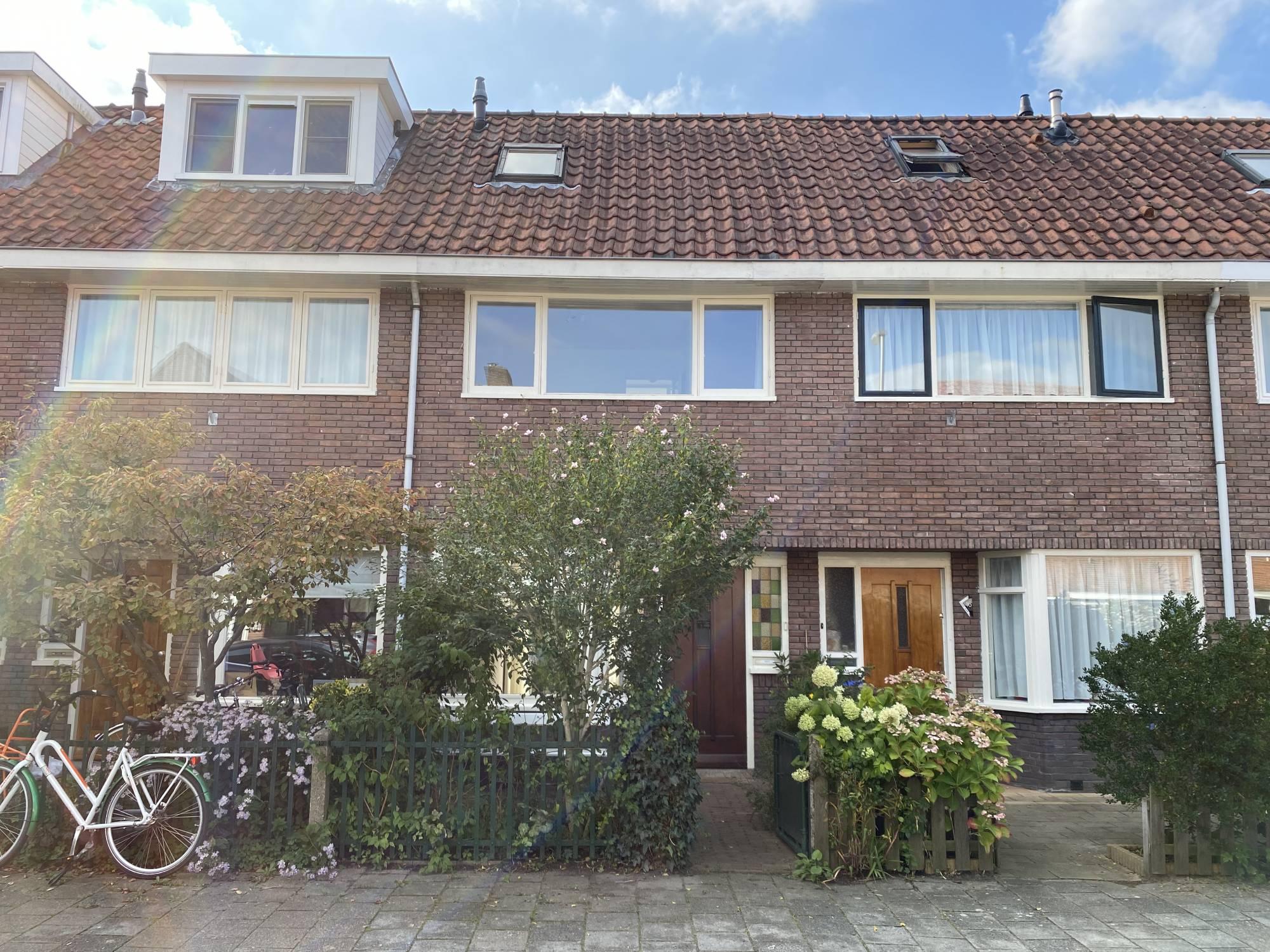 Arnoldus Rotterdamstraat 14