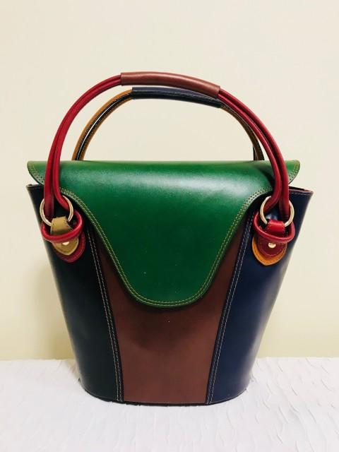 Extravagáns valódi olasz bőr táska - sötétzöld - Orsi Outlet 1c867a8ddc