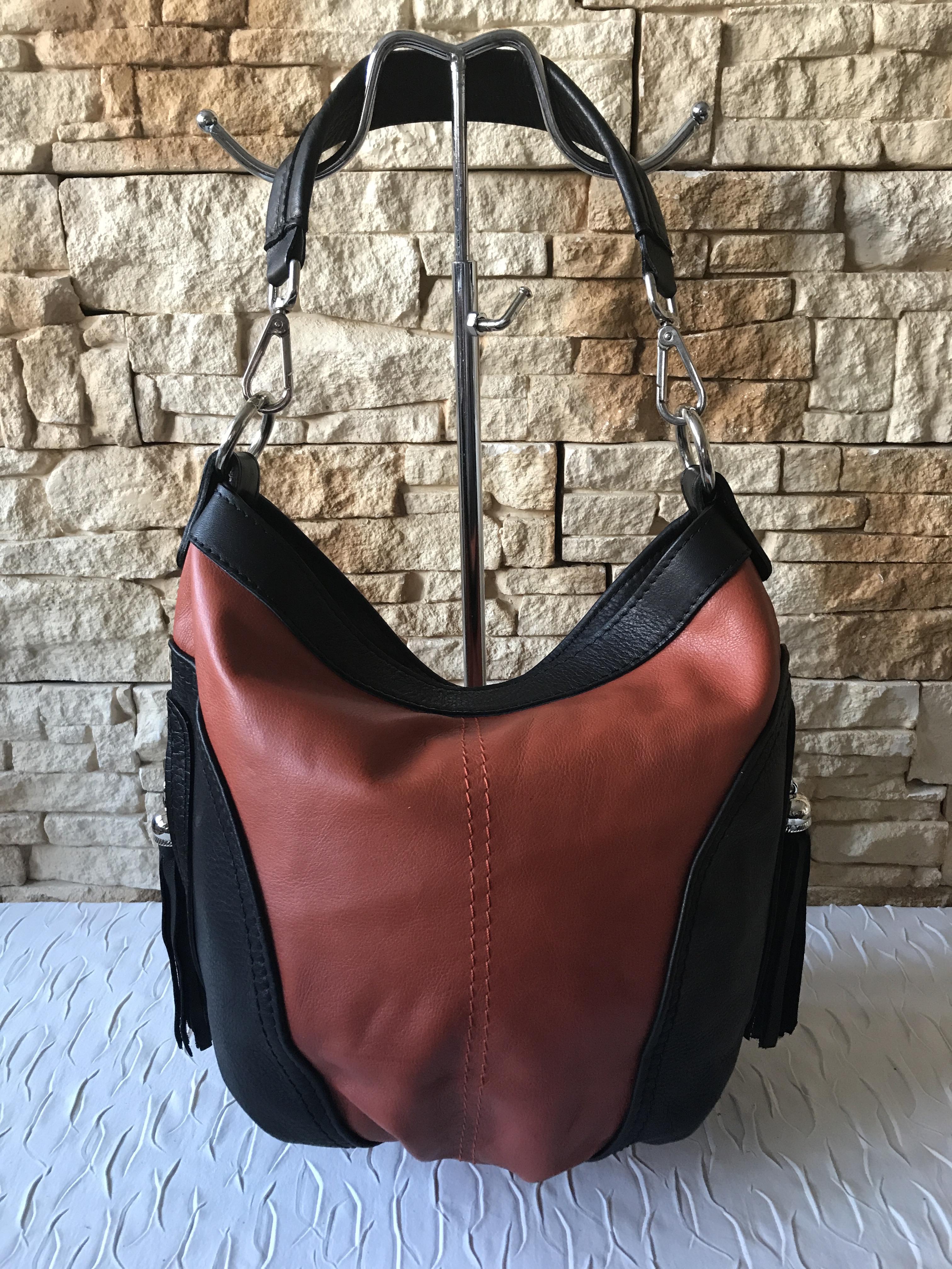 3a87f10a39 Puha valódi bőr táska - csao-fekete - Orsi Outlet
