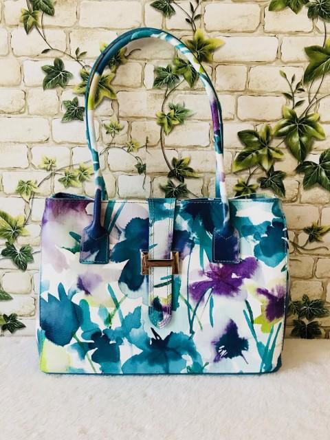 22e9b3ee2d Virágmintás dupla rekeszes valódi bőr válltáska - kék - Orsi Outlet