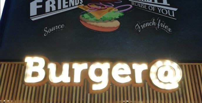 Burger@ garson