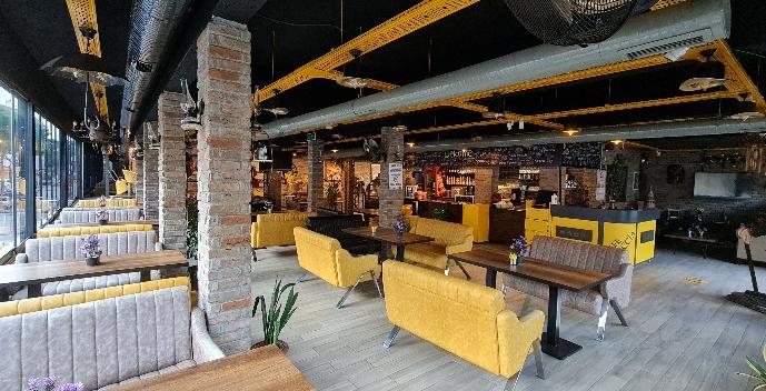 CAFE ROCCIA BAYAN GARSON ARANIYOR
